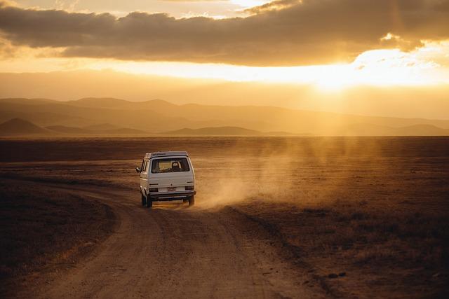 Podróże międzynarodowe czy musimy jeździć osobistym autem?