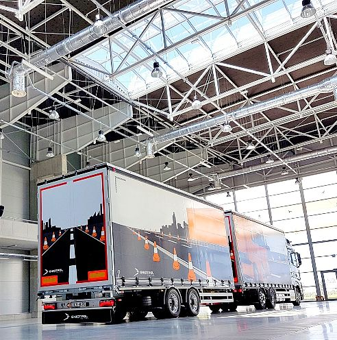 Wersje naczep i przyczep do samochodów ciężarowych
